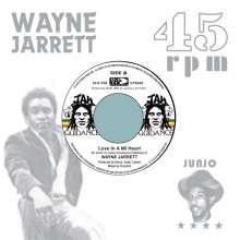"""Wayne Jarrett/Roots Radics: Love In A Mi Heart / Blood On His Lips (45 RPM), Single 7"""""""