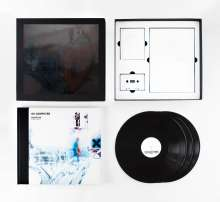 Radiohead: OK Computer OKNOTOK 1997-2017 (Limited-Edition-Boxset), 3 LPs, 2 Bücher und 1 MC