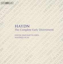 Joseph Haydn (1732-1809): Divertimenti & Feldparthien H2 Nr.1-23,D22 & G1, 5 CDs