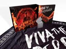 Parkway Drive: Filmmusik: Viva The Underdogs (Deluxe Box Set), 1 CD und 1 Merchandise