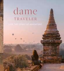 Nastasia Yakoub: Dame Traveler, Buch
