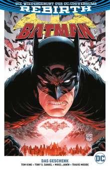 Tom King: Batman, Buch