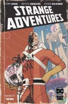 Tom King: Strange Adventures, Buch